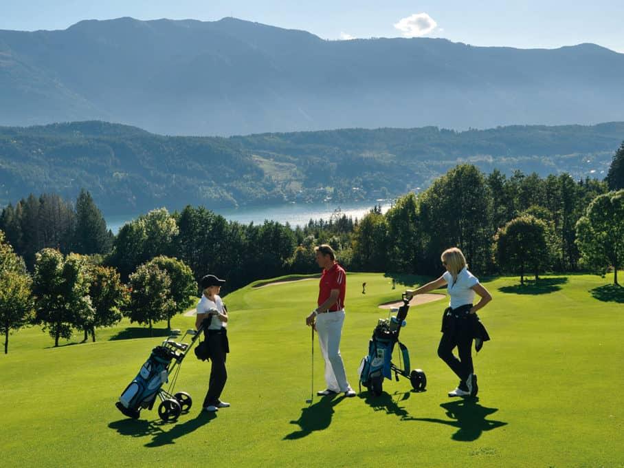 Playing golf at Lake Millstatt in Carinthia