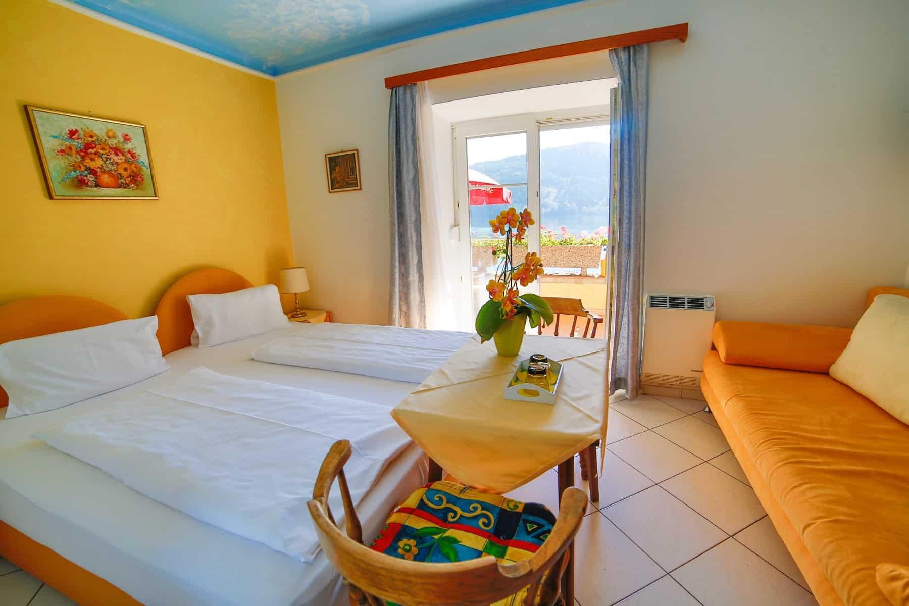 Zimmer mit Seeblick in Pension in Millstatt, Kärnten