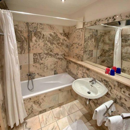 Badezimmer in Ferienwohnungen am See