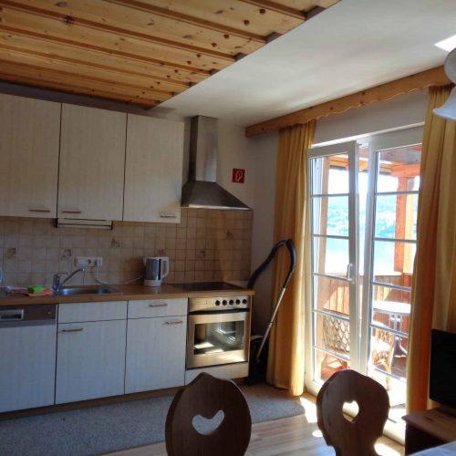 Küchenzeile in Ferienwohnung am Millstätter See in Kärnten