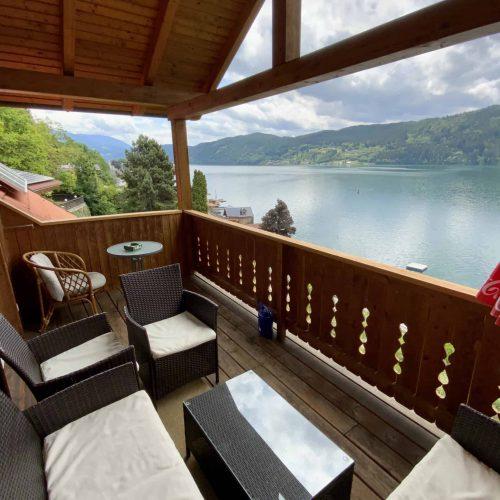 Balkon mit Seeblick auf Millstätter See