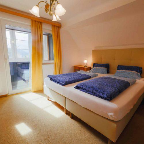 Schlafzimmer von Ferienwohnung der Pension Sedlak in Millstatt, Kärnten