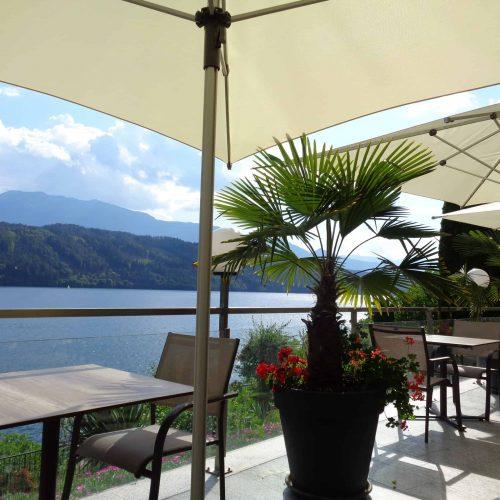 Seeblick auf Millstätter See in Appartements auf Terrasse