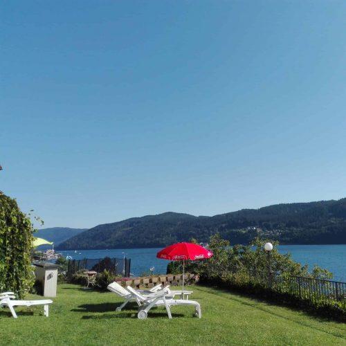 Badestrand bei Übernachtung in Hotel-Pension Sedlak in Millstatt am See in Kärnten