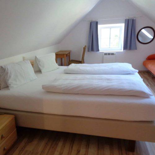 Zimmer Pension Sedlak in Millstatt direkt am See