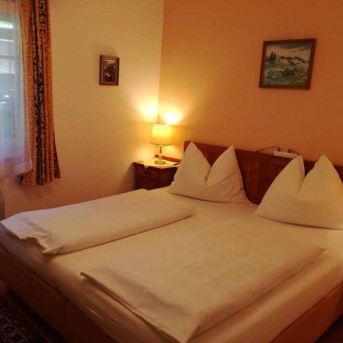 Zimmer bei Übernachtung mit Frühstück am Millstätter See